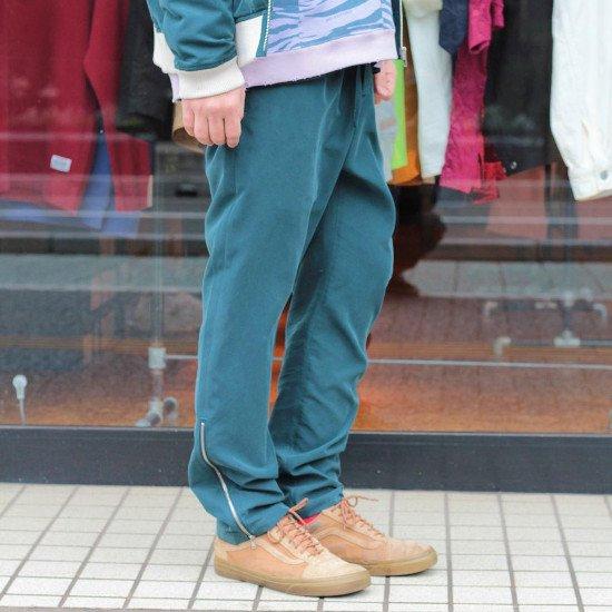 <img class='new_mark_img1' src='https://img.shop-pro.jp/img/new/icons3.gif' style='border:none;display:inline;margin:0px;padding:0px;width:auto;' />Black weirdos  ブラック ウィドー / パンツ Rayon Night Pants 【D Green】