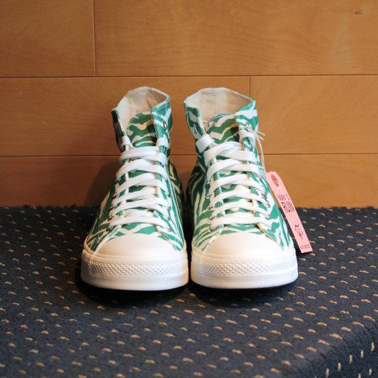 <img class='new_mark_img1' src='https://img.shop-pro.jp/img/new/icons3.gif' style='border:none;display:inline;margin:0px;padding:0px;width:auto;' />Black weirdos  ブラック ウィドー / スニーカー Crazy Zebra Sneaker-HI