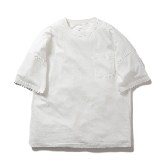<img class='new_mark_img1' src='https://img.shop-pro.jp/img/new/icons3.gif' style='border:none;display:inline;margin:0px;padding:0px;width:auto;' />Name.  ネーム / Tシャツ ×LEVI PATA x MAI KISE PRINTED TEE 【WHITE】