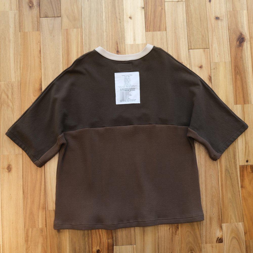 <img class='new_mark_img1' src='https://img.shop-pro.jp/img/new/icons24.gif' style='border:none;display:inline;margin:0px;padding:0px;width:auto;' />【SALE / 30%OFF】Black weirdos  ブラック ウィドー / シャツ スウェット Football Sweatshirt 【OLIVE】