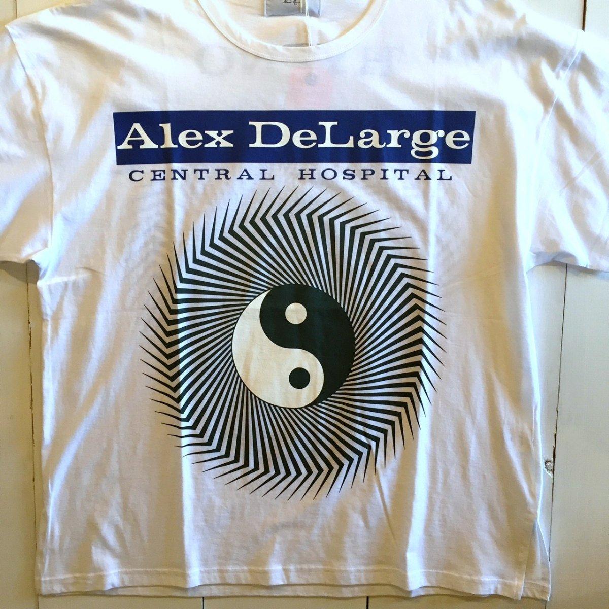 <img class='new_mark_img1' src='https://img.shop-pro.jp/img/new/icons3.gif' style='border:none;display:inline;margin:0px;padding:0px;width:auto;' />Black Weirdos  ブラック ウィドー / Tシャツ Alex DeLarge Hospital Tee