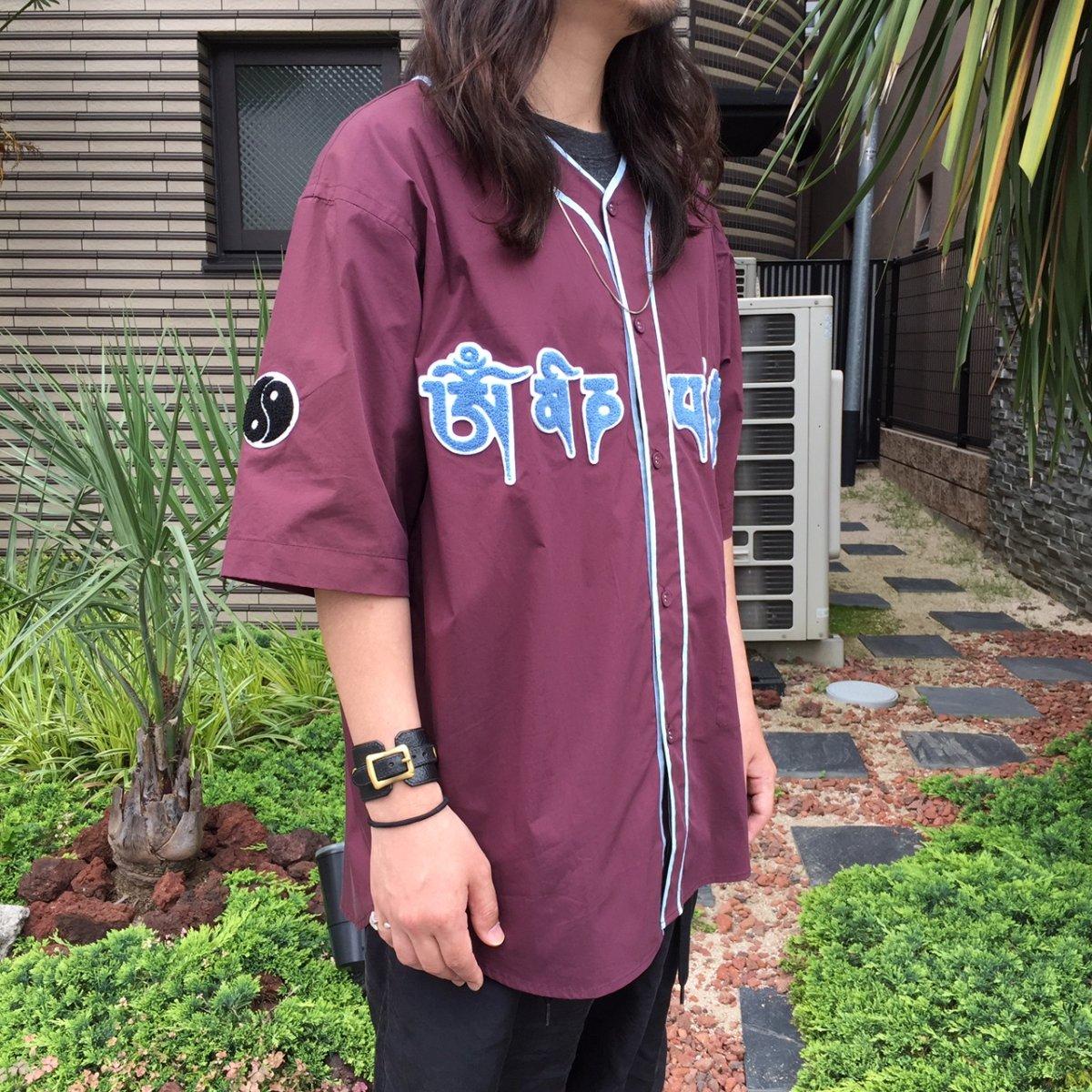 <img class='new_mark_img1' src='https://img.shop-pro.jp/img/new/icons3.gif' style='border:none;display:inline;margin:0px;padding:0px;width:auto;' />Black weirdos  ブラック ウィドー / シャツ Mantra Baseball Shirt 【D・PURPLE】
