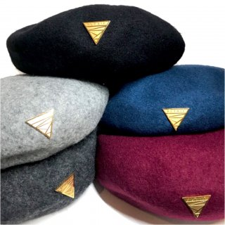 New TRIANGLE PLATE BERET