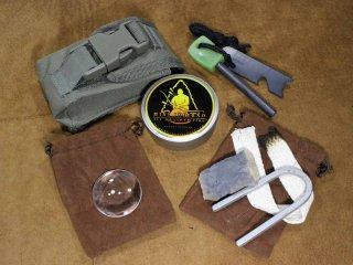 パスファインダー ポケットファイヤースターティングキット(Pocket Fire Starting Kit)