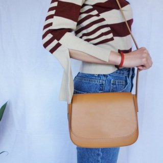 [即納] Real leather shoulder bag (CAMEL)