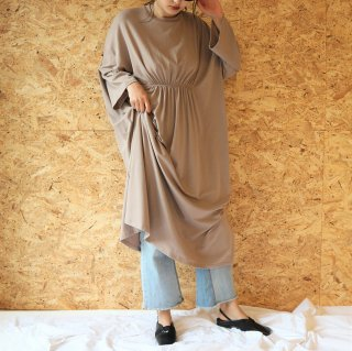 [即納] Waist gather sweat OP (BEIGE)