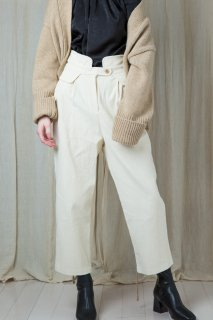 Corduroy design pants (WHITE)