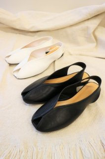 [予約] Leather stitch sandal (WHITE)