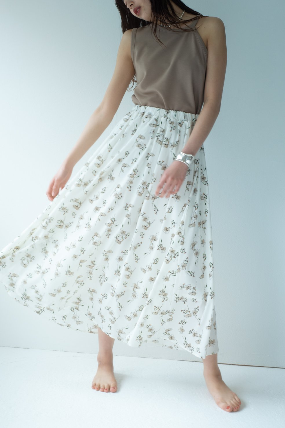Natural flower long skirt (WHITE)
