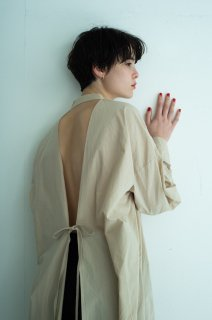 Back open shirts onepiece