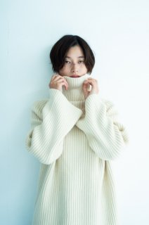 [予約] Rib highneck knit