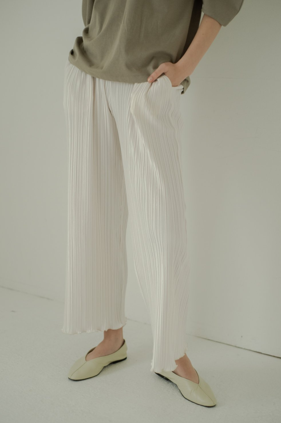 Crepe mellow pants