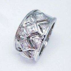 Pt900 スクエアダイヤモンド ユニセックスデザインリング D 1.03ct D 0.11ct