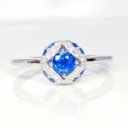 K18WG コーンフラワーカラーサファイア ダイヤモンドリング SA 0.83ct D 0.20ct