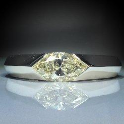 PT900 ダイヤモンドリング 0.664ct