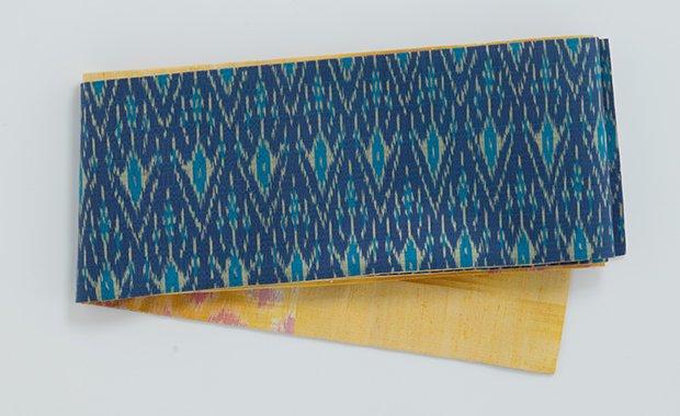 タイシルク半幅帯 青色菱柄絣
