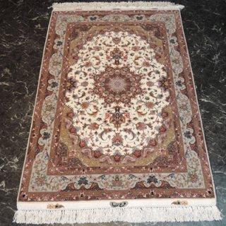 ペルシャ絨毯 Sサイズ(148cm×104cm) タブリーズ産  A170