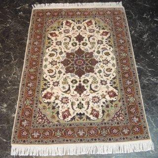 ペルシャ絨毯 Sサイズ(145cm×105cm) タブリーズ産  A168