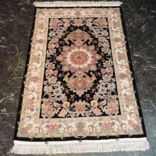 ペルシャ絨毯 Sサイズ(148cm×100cm) タブリーズ産  A169