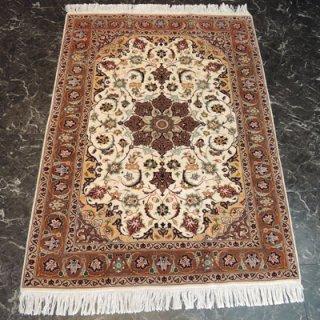 ペルシャ絨毯 Sサイズ(140cm×103cm) タブリーズ産  A165