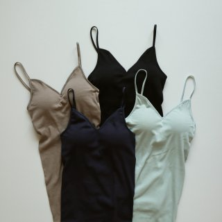 <img class='new_mark_img1' src='https://img.shop-pro.jp/img/new/icons56.gif' style='border:none;display:inline;margin:0px;padding:0px;width:auto;' />bra cup camisole