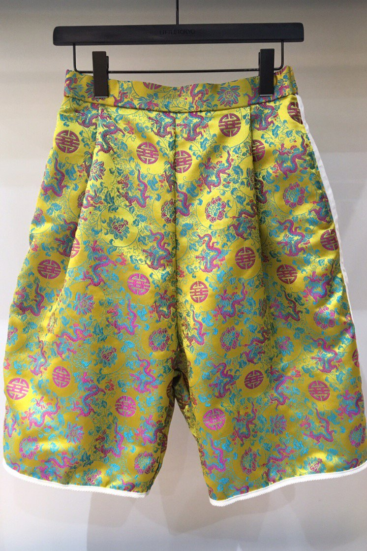 HALF PANTS  -YELLOW DRAGON-