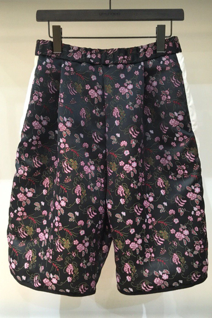 HALF PANTS  -BLACK FLOWER-