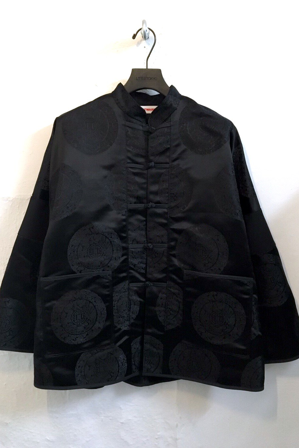 KUNG-FU JACKET<div>-BLACK CIRCLE-</div>
