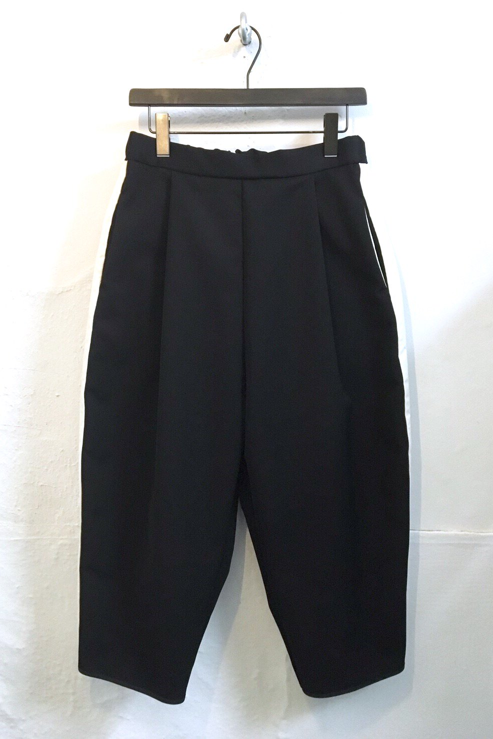 LONG PANTS<div>-BLACK-</div><img class='new_mark_img2' src='//img.shop-pro.jp/img/new/icons15.gif' style='border:none;display:inline;margin:0px;padding:0px;width:auto;' />