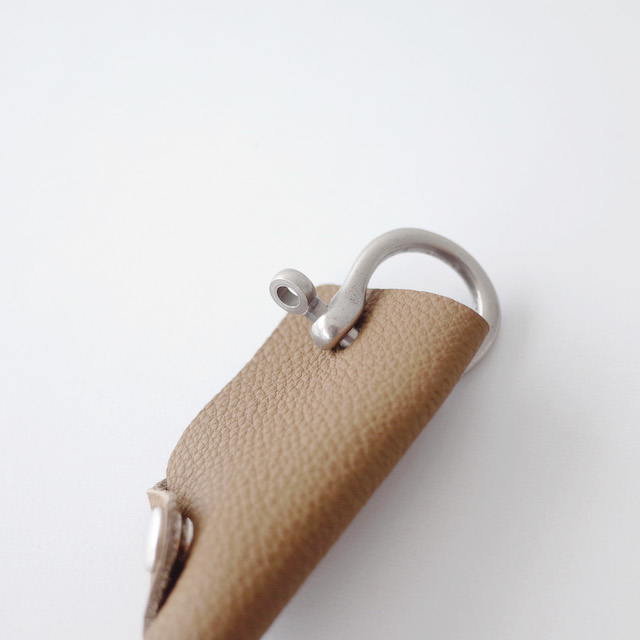 ERA. Bubble Calf Shackle Key Cover