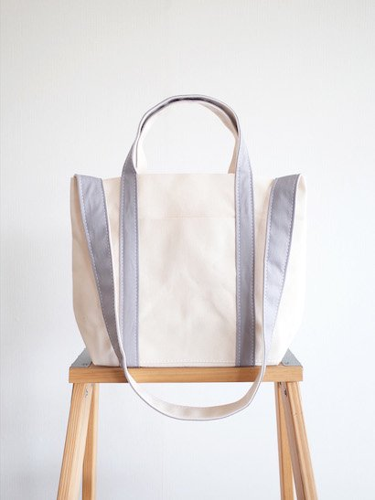 TEMBEA Club Tote Small - Natural / Gray