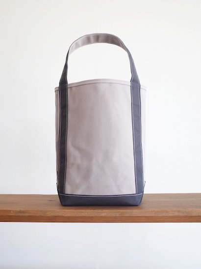 TEMBEA  Baguette Tote - Gray / Charcoal