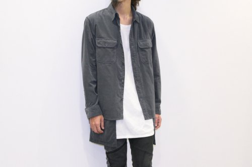 <img class='new_mark_img1' src='https://img.shop-pro.jp/img/new/icons47.gif' style='border:none;display:inline;margin:0px;padding:0px;width:auto;' />ATELIER BÉTON /CORDUROY LAYERED APRON SHIRTS(CHARCOAL)