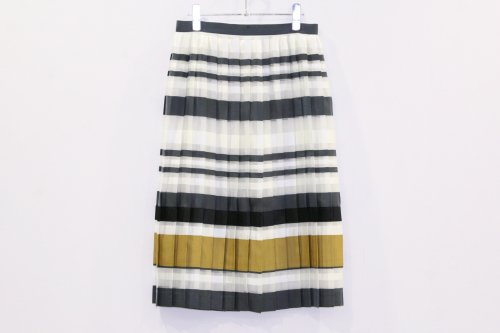 <img class='new_mark_img1' src='https://img.shop-pro.jp/img/new/icons47.gif' style='border:none;display:inline;margin:0px;padding:0px;width:auto;' />NON TOKYO / BORDER PLEAT SKIRT(NAVY/MUSTARD)