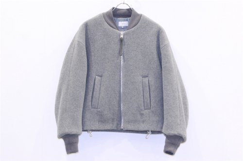 <img class='new_mark_img1' src='https://img.shop-pro.jp/img/new/icons47.gif' style='border:none;display:inline;margin:0px;padding:0px;width:auto;' />ATELIER BÉTON /COMFORTABLE BLOUSON(LIGHTGRAY)