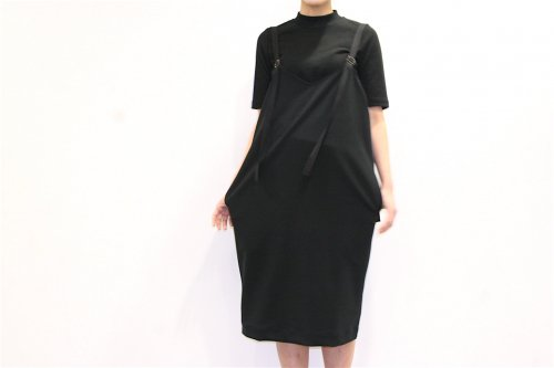 <img class='new_mark_img1' src='//img.shop-pro.jp/img/new/icons47.gif' style='border:none;display:inline;margin:0px;padding:0px;width:auto;' />Natsumi Zama /Parachuter Dress(BLACK)