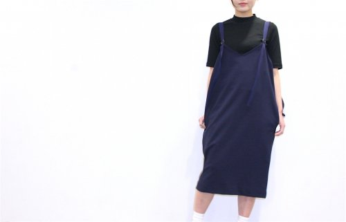 <img class='new_mark_img1' src='//img.shop-pro.jp/img/new/icons47.gif' style='border:none;display:inline;margin:0px;padding:0px;width:auto;' />Natsumi Zama /Parachuter Dress(NAVY)