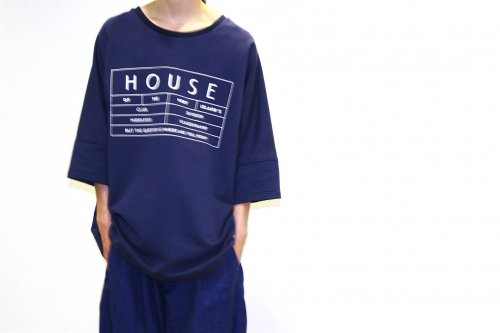 house of the very island's... / SWEATER WITH LOGO PRINT(NIGHT BLUE)