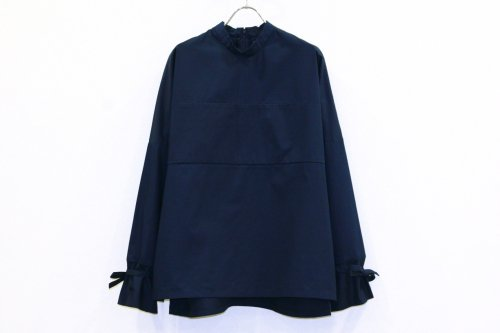 <img class='new_mark_img1' src='https://img.shop-pro.jp/img/new/icons47.gif' style='border:none;display:inline;margin:0px;padding:0px;width:auto;' />Natsumi Zama / KINCHAKU PULLOVER(NAVY)