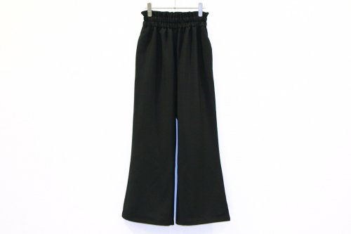 <img class='new_mark_img1' src='//img.shop-pro.jp/img/new/icons20.gif' style='border:none;display:inline;margin:0px;padding:0px;width:auto;' />Natsumi Zama / BELL-BOTTOMS TROUSERS(BLACK)