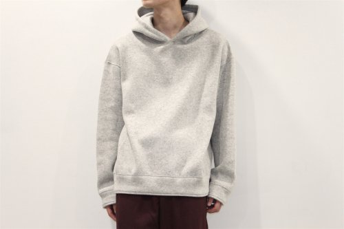 <img class='new_mark_img1' src='//img.shop-pro.jp/img/new/icons2.gif' style='border:none;display:inline;margin:0px;padding:0px;width:auto;' />THEE /w-face hoodie knit(GRAY)