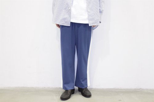 <img class='new_mark_img1' src='//img.shop-pro.jp/img/new/icons47.gif' style='border:none;display:inline;margin:0px;padding:0px;width:auto;' />THEE / esay slit pants.(BLUE×WHITE)