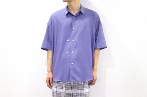 <img class='new_mark_img1' src='//img.shop-pro.jp/img/new/icons2.gif' style='border:none;display:inline;margin:0px;padding:0px;width:auto;' />THEE / double-buttoned short sleeve shirts.(BLUE)