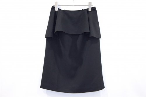 <img class='new_mark_img1' src='//img.shop-pro.jp/img/new/icons47.gif' style='border:none;display:inline;margin:0px;padding:0px;width:auto;' />Natsumi Zama / X-MARK SKIRT(BLACK)