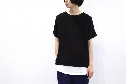 <img class='new_mark_img1' src='https://img.shop-pro.jp/img/new/icons47.gif' style='border:none;display:inline;margin:0px;padding:0px;width:auto;' />THEE / LINEN TEE(BLACK)