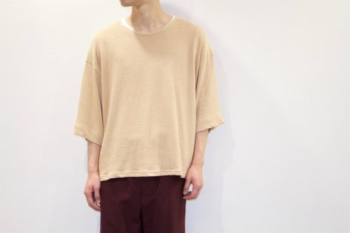 <img class='new_mark_img1' src='//img.shop-pro.jp/img/new/icons20.gif' style='border:none;display:inline;margin:0px;padding:0px;width:auto;' />house of the very island's... / OVERSIZE KNIT TEE(IVORY)