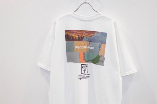 <img class='new_mark_img1' src='https://img.shop-pro.jp/img/new/icons47.gif' style='border:none;display:inline;margin:0px;padding:0px;width:auto;' />Children of the discordance / ORIGINAL GRAPHIC TEE(WHITE)