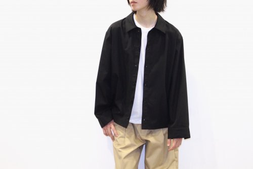 <img class='new_mark_img1' src='https://img.shop-pro.jp/img/new/icons47.gif' style='border:none;display:inline;margin:0px;padding:0px;width:auto;' />VOAAOV / BIG SHIRT BLOUSON(BLACK)