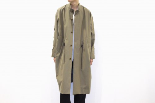 <img class='new_mark_img1' src='https://img.shop-pro.jp/img/new/icons47.gif' style='border:none;display:inline;margin:0px;padding:0px;width:auto;' />ATELIER BÉTON / CONCEAL SLIT COAT(BEIGE)