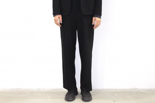 <img class='new_mark_img1' src='//img.shop-pro.jp/img/new/icons47.gif' style='border:none;display:inline;margin:0px;padding:0px;width:auto;' />THEE / wool jersey Hi waist slacks.(BLACK)